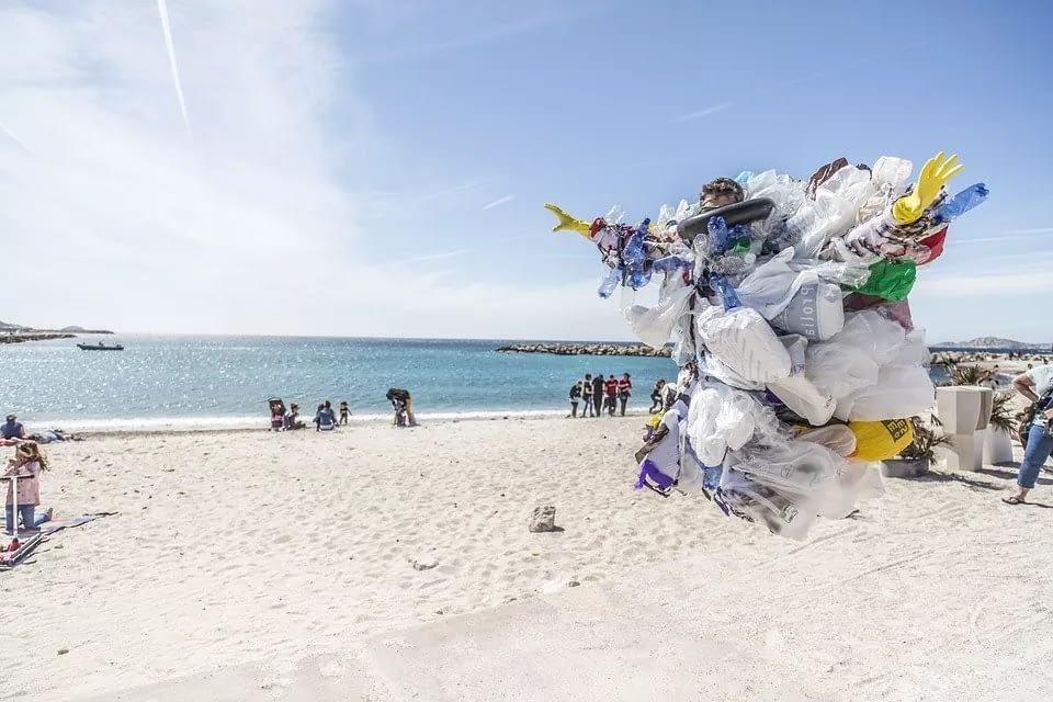 ecofworld - avoid single use plastic